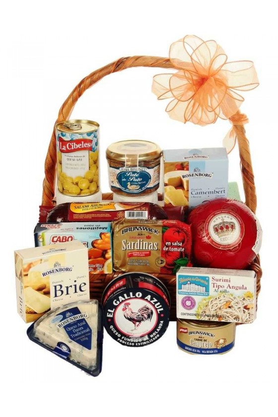 Gifts Gourmet Land & Sea Basket