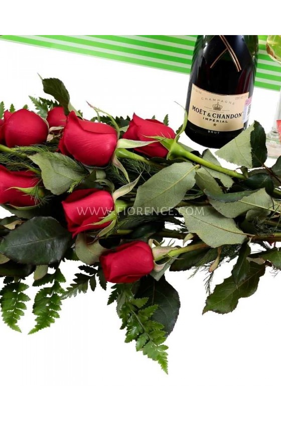 12 Premium Roses and Champagne
